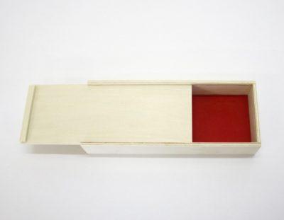 Stifte Box Holz mit rotem Filz