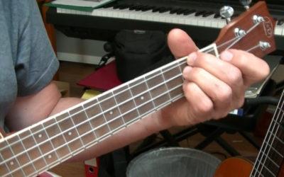 Musiknoten für verschiedene Instrumente